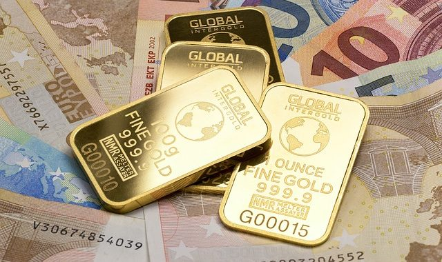 Gold Is Money 2430052 640